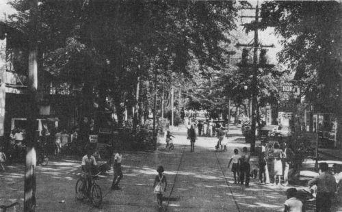 Main_Street_Centre_Island_Toronto_1944
